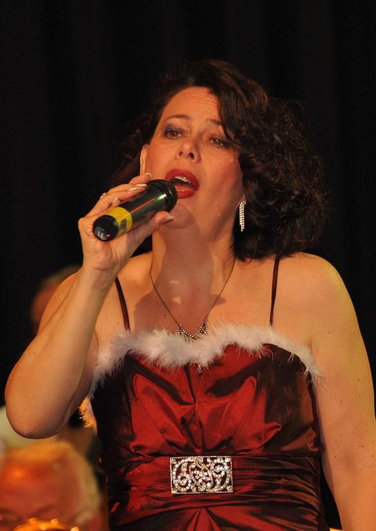 Sängerin Ulla Keller begeisterte mit Ihren Beiträgen