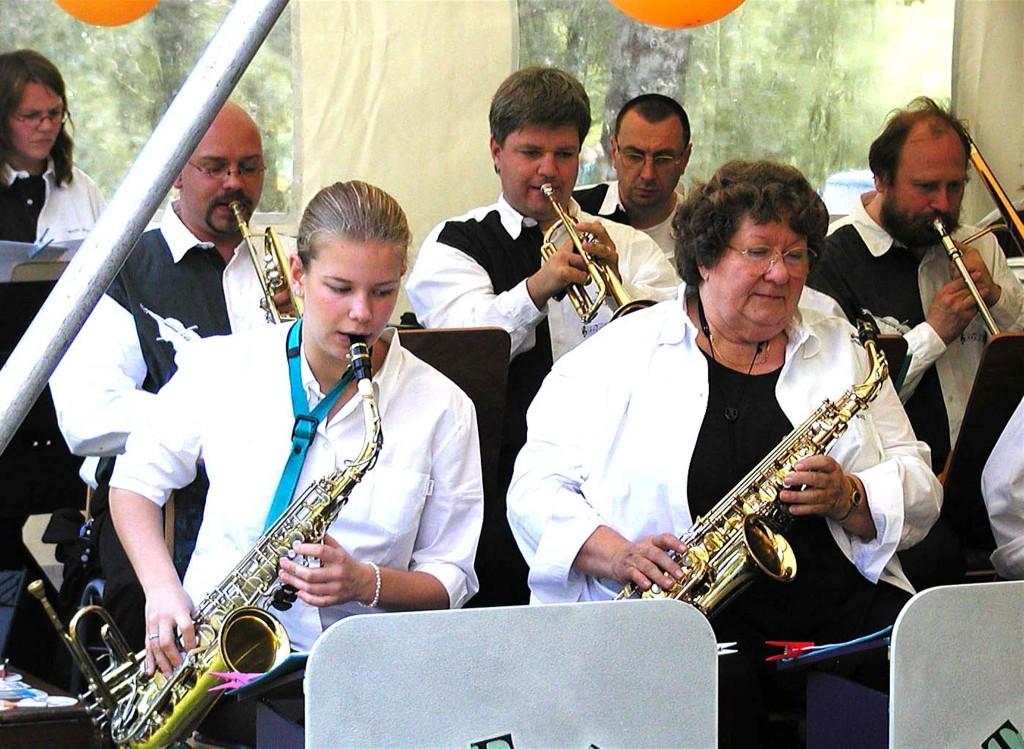 Sommerfest der CDU:  .... und die Big-Band spielt dazu