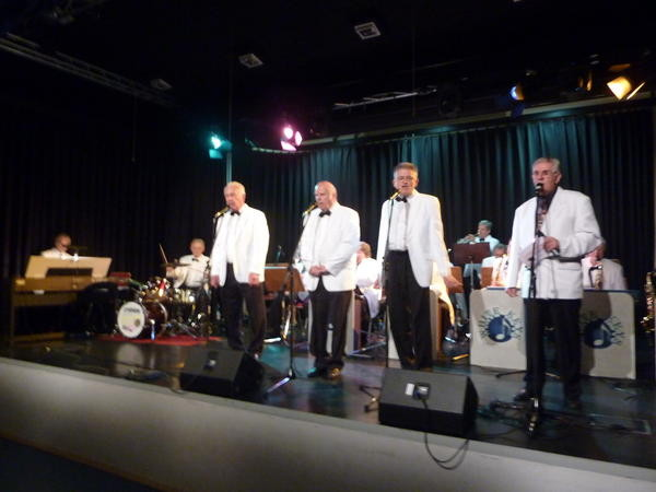 "Singen ""Musik ist Trumpf"": Gerd Badouin, Konrad Finger, Dr. Reinhard Otter, Walter Plamper (Foto: Werner Hahn)"