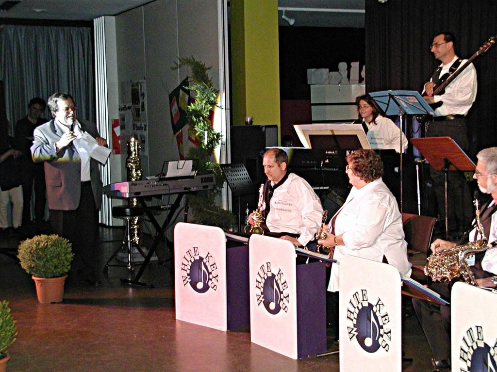 KIDS: Ansprache durch Musiklehrer Johannes Tauche