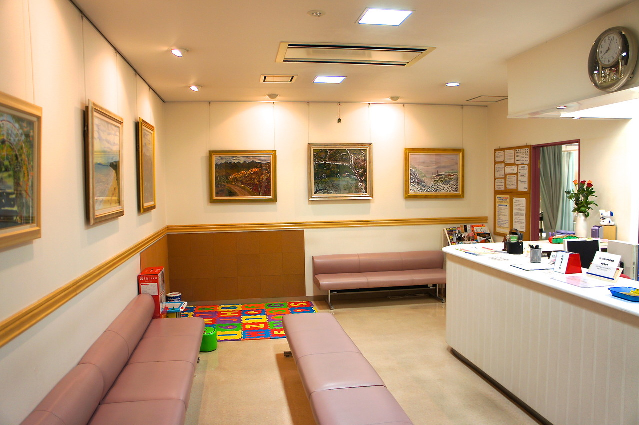 アートギェラリーの待合室