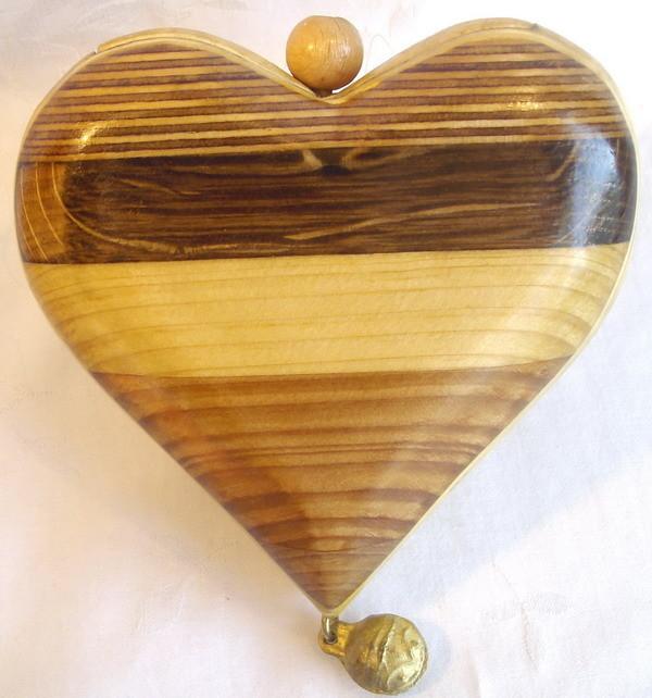 seidenglanz mit Holzsiegel bearbeitet