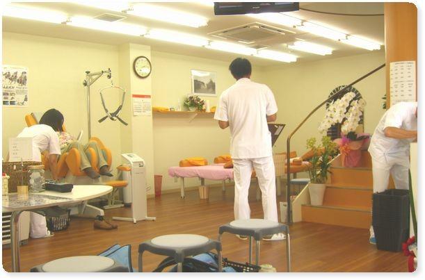 大阪市、東大阪市、城東区、深江橋駅近の整骨院、鍼灸、整体、カイロ、マッサージをお探しなら【しまばし整骨院】