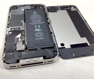 iPhone4S ドックコネクタ交換修理