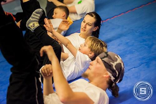 Fitnesstraining in der Jing Wu Kung Fu Schule