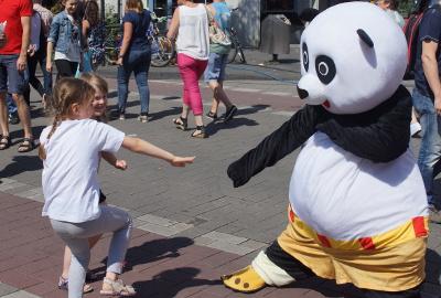 der Kung Fu Panda der JIng Wu Schule war sehr beliebt bei Kindern