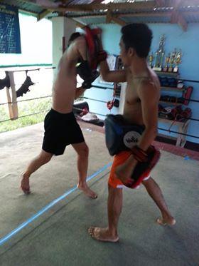 Thaiboxen im Camp