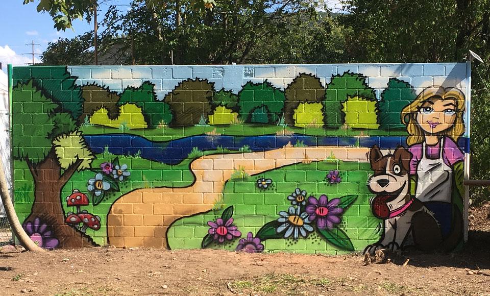 Graffiti beim Eingangstor der Hundeschule Vanessa in Frick