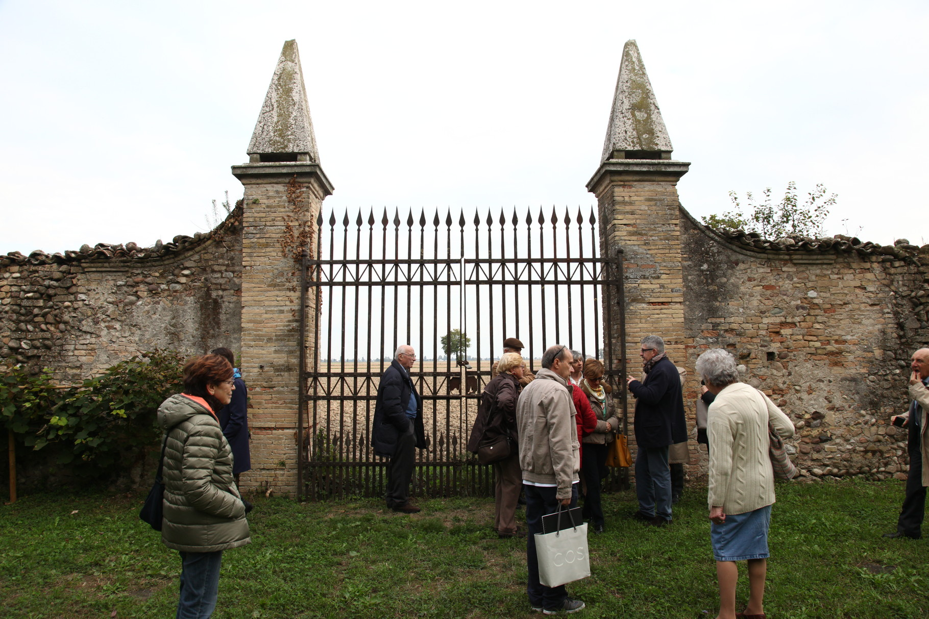 Ex convento dell'Annunciata, giardino.