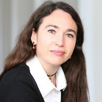 Inge Bell, Trainerin für Medien und Auftritt und Expertin zum Einsatz der Pinnwand