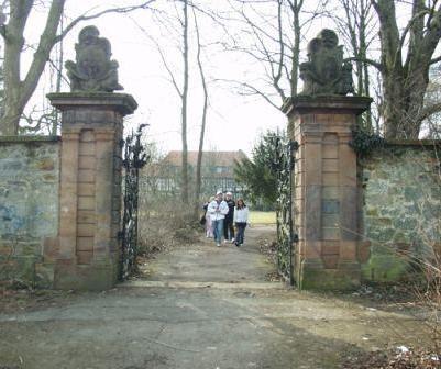 Das Tor zum Gutspark