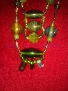 Détail du Sautoir double : Perles artisanales Indiennes en verre et rocailles Toho