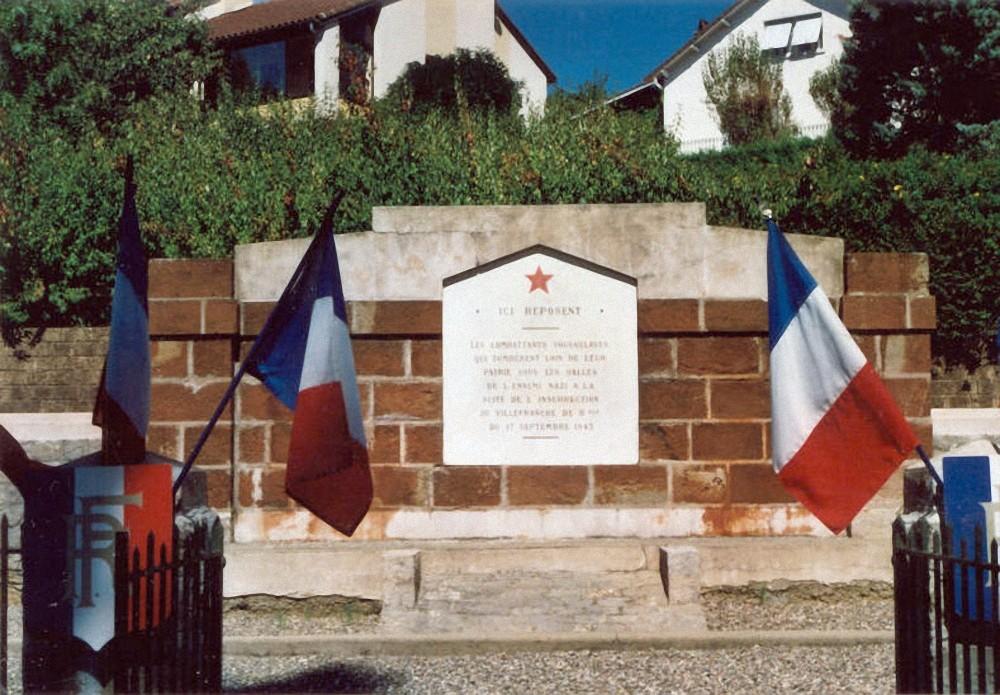 Spomenik u Villefranche de Rouergueu do devedesetih godina