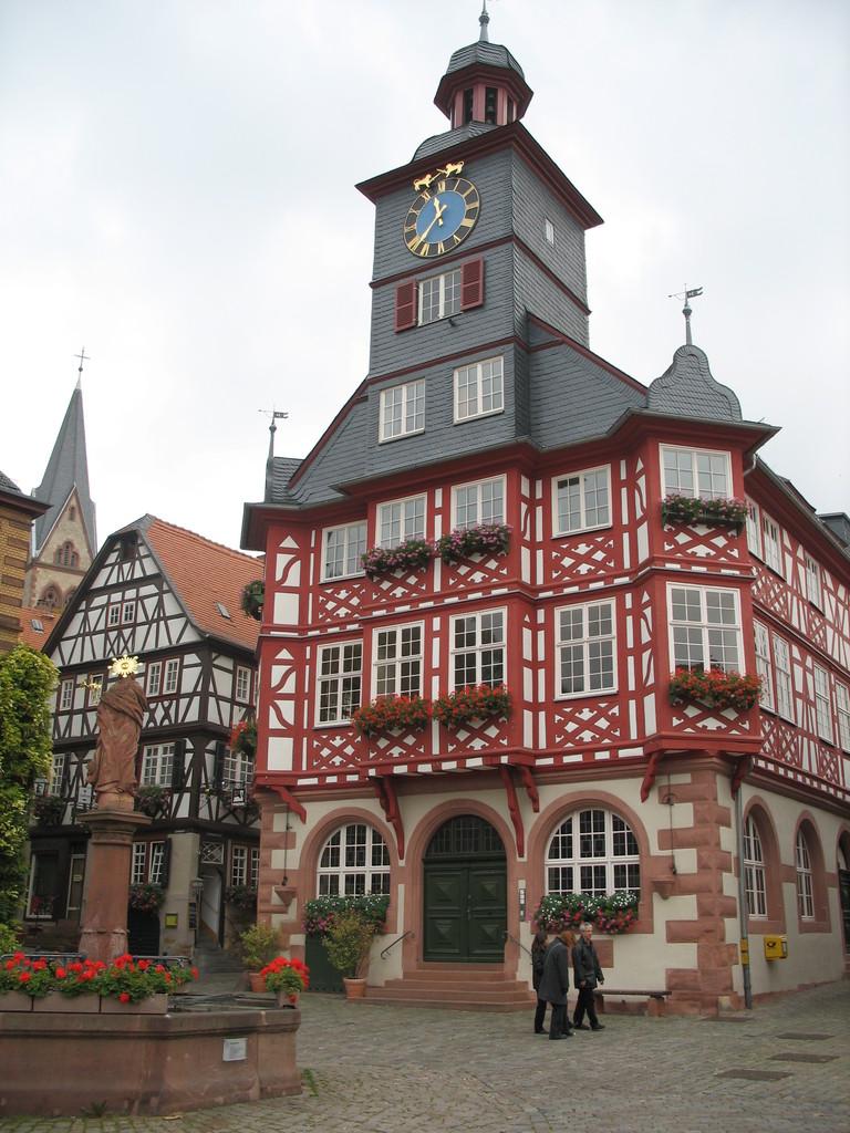 ヘッペンハイム市庁舎
