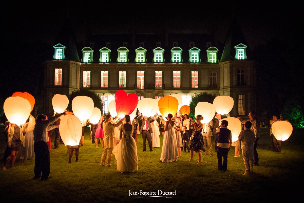 Lacher de lanternes au Château de Santeny