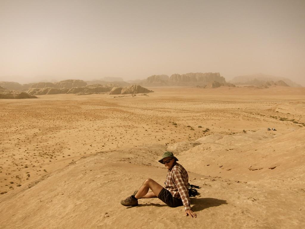 Aussichtsfels in der Weißen Wüste, Wadi Rum Jordanien