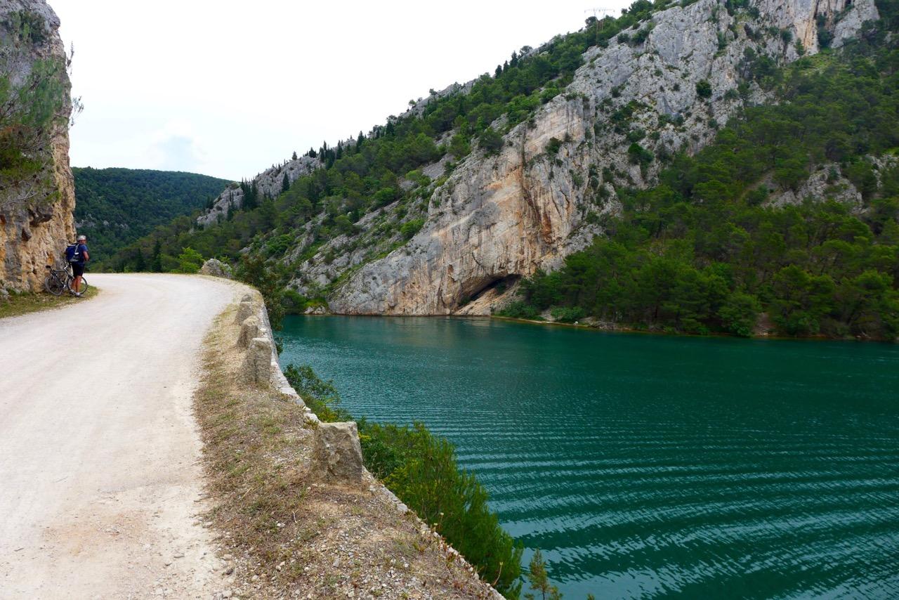 Weg von Skradin zum Eingang Krka Nationalpark