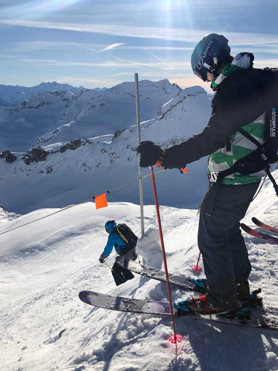 Start am Gemsstock in die Freeride-Routen