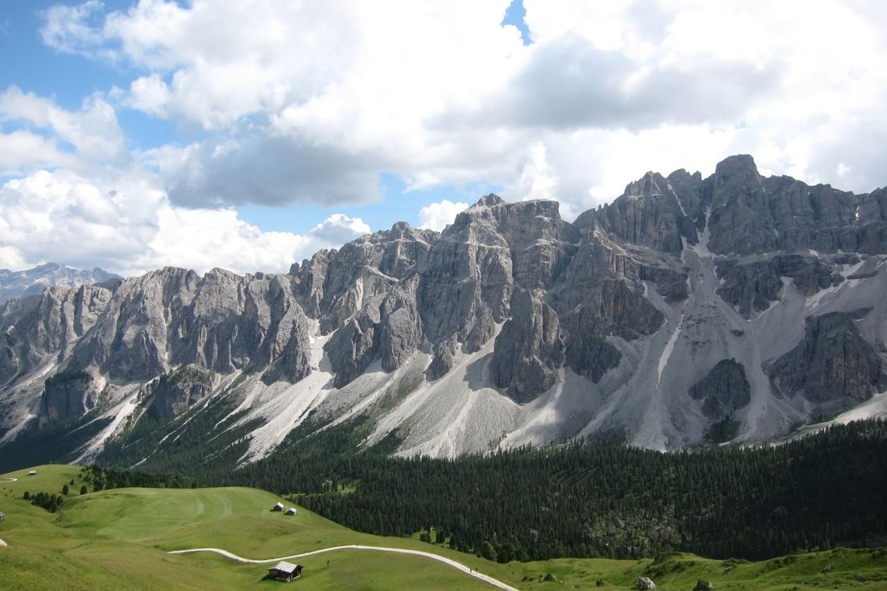 Panorama am Kreuzjoch beim Aufstieg zur Schlüterhütte, Südtirol