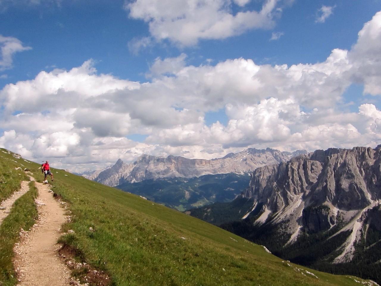 Wanderung zur Schlüterhütte über das Kreuzjoch im Villnösser Tal