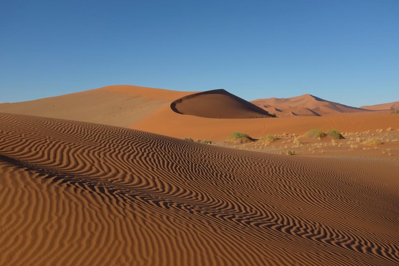Namibia Sossusvlei, kleine Dünen nördl. 2x2 parking