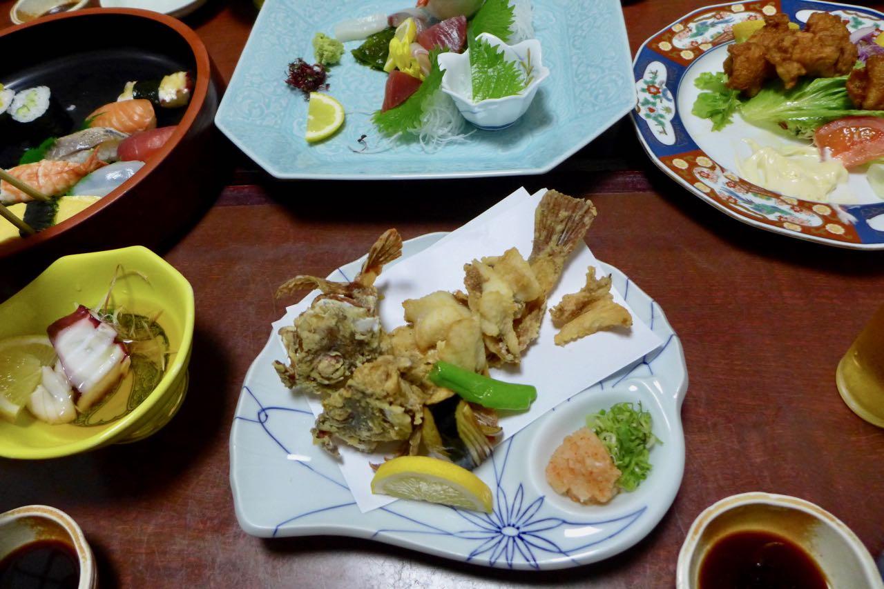 Fisch-Tempura im Ginchiro Honten, Tanabe