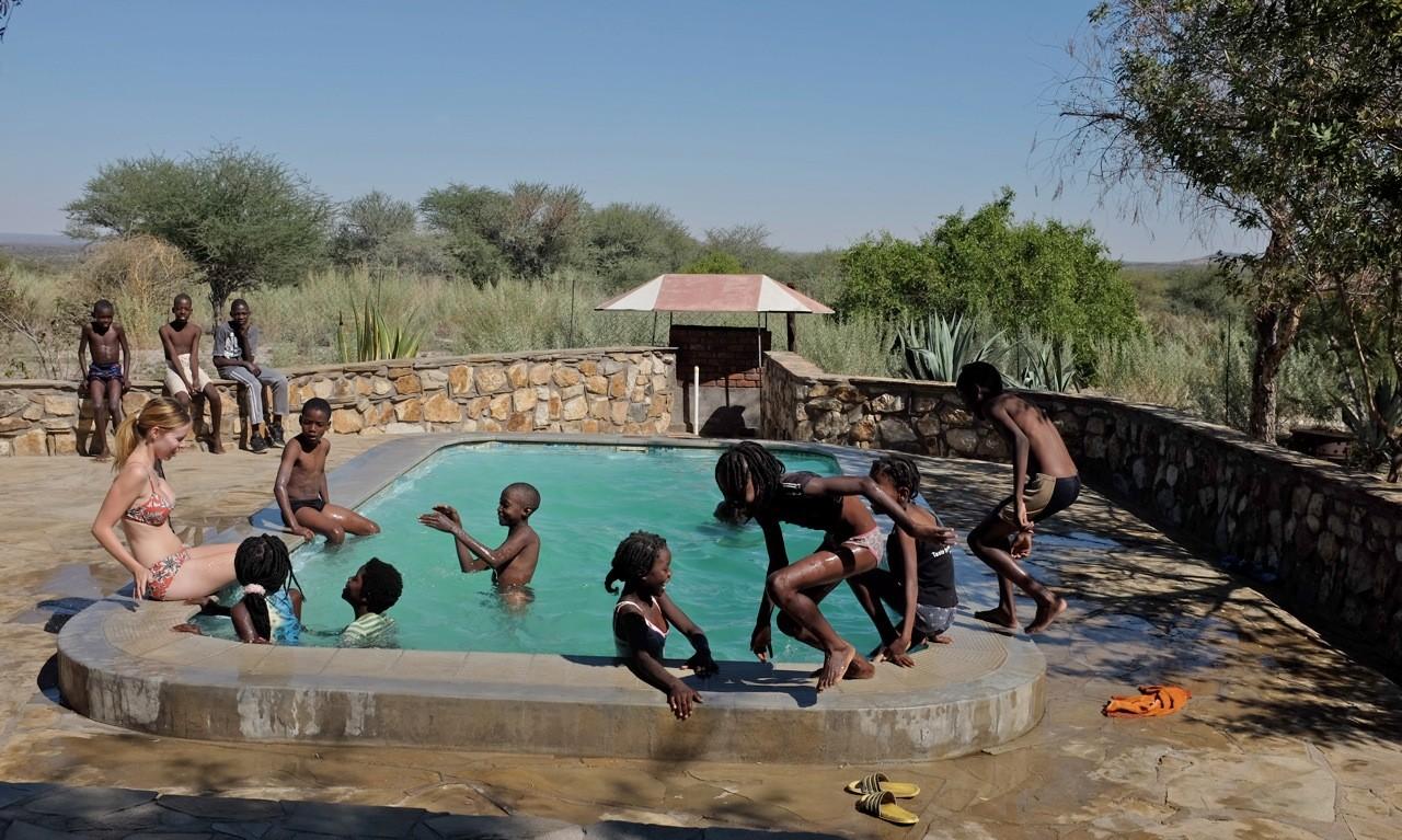 Ausflug der Township-Kinder zur Ameib Ranch