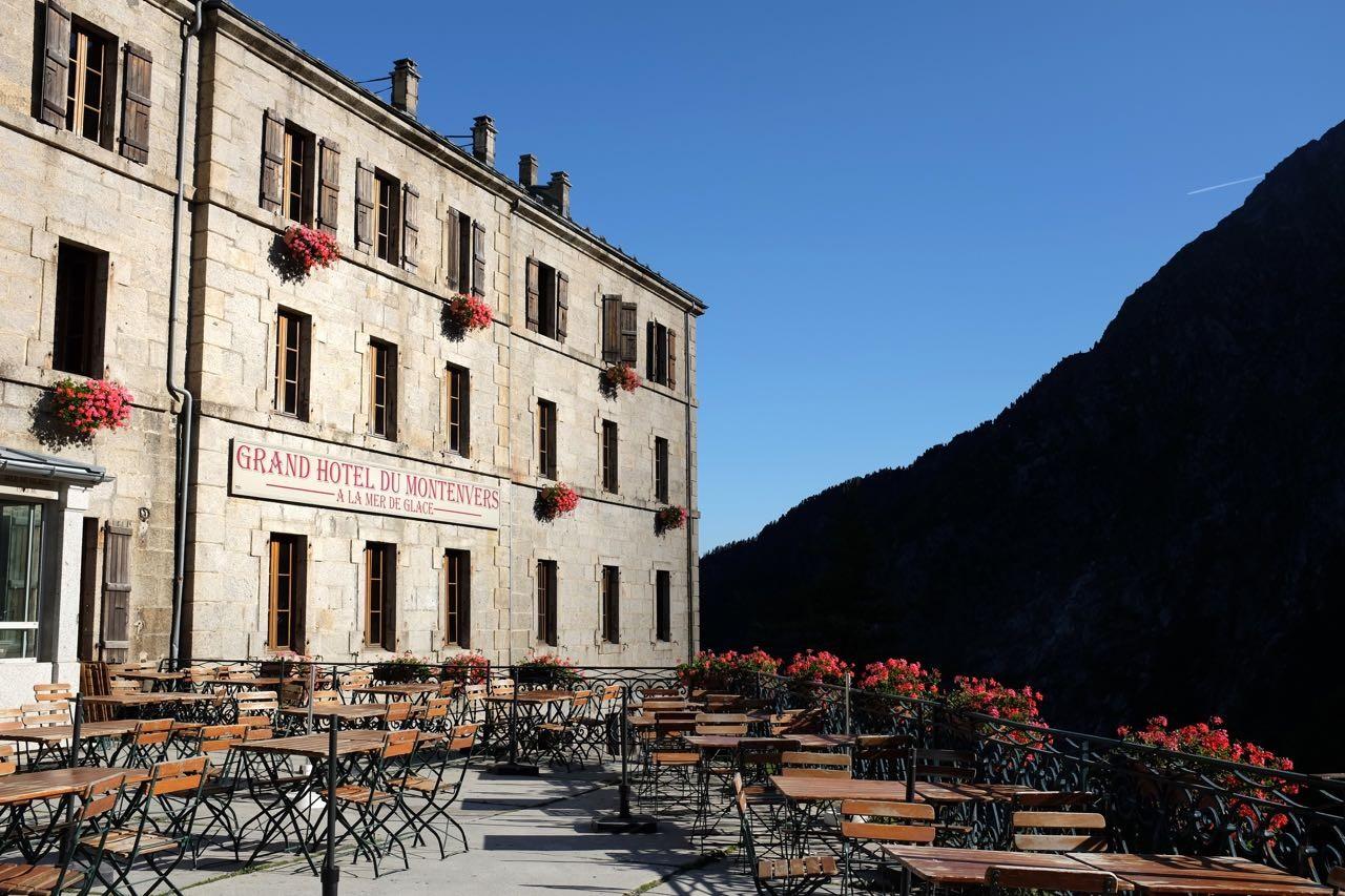 Früher reichte der Gletscher bis zum historischen Grand Hotel du Montenvers
