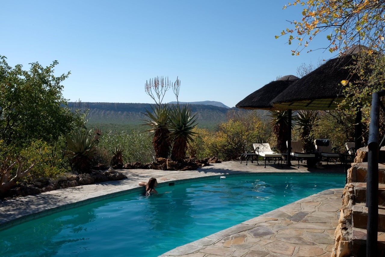 Pool der Vingerklip Lodge, Namibia