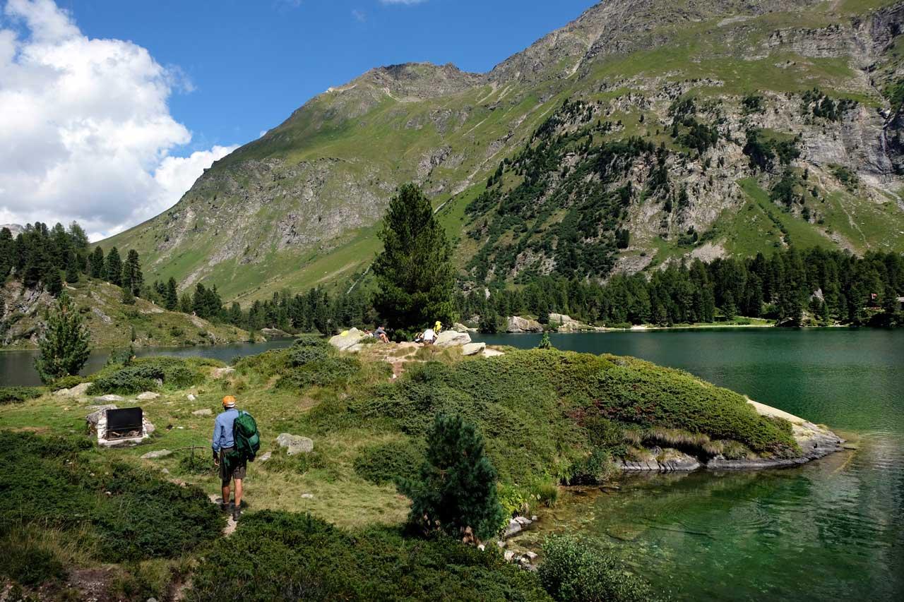 Herrliche Grillstelle am Cavloc See, Wanderung Oberengadin-Majona