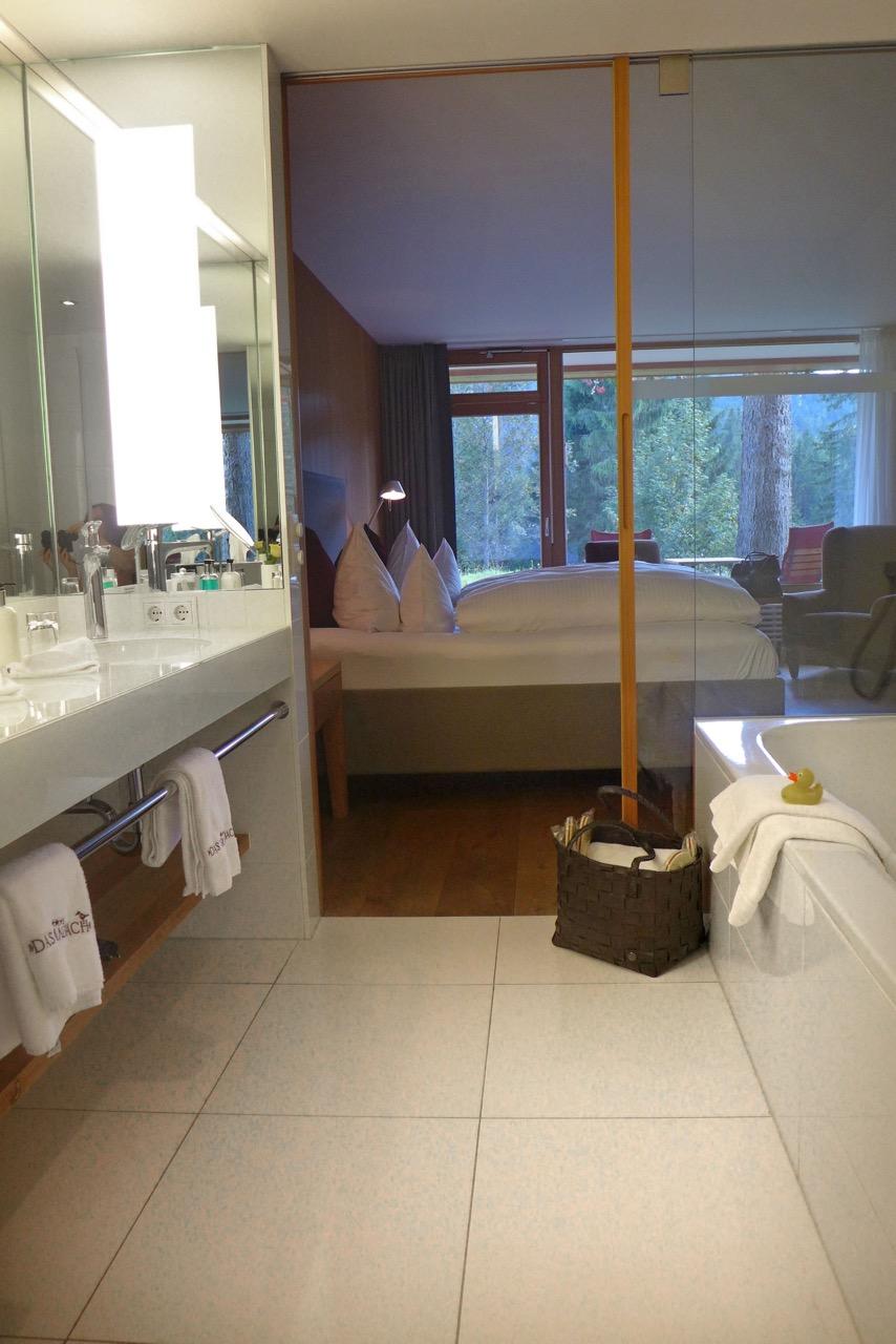 Modernes Gartenhaus Zimmer im Kranzbach Hotel