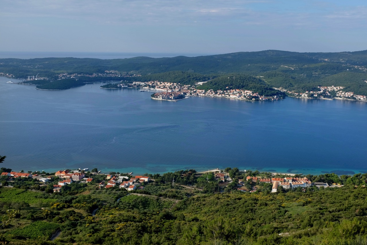 Ausblicke auf dem Weg zum Gipfel Sveti Ilja