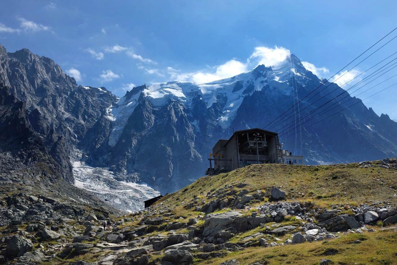 Am Plan de l'Aiguille endet die Wanderung, die Seilbahn bringt uns jetzt zur Mont Blanc Aussichtskanzel