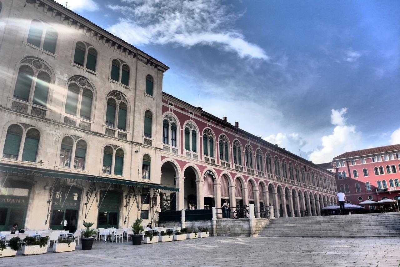 Splits Platz der Republik wurde Venedigs San Marco nachempfunden