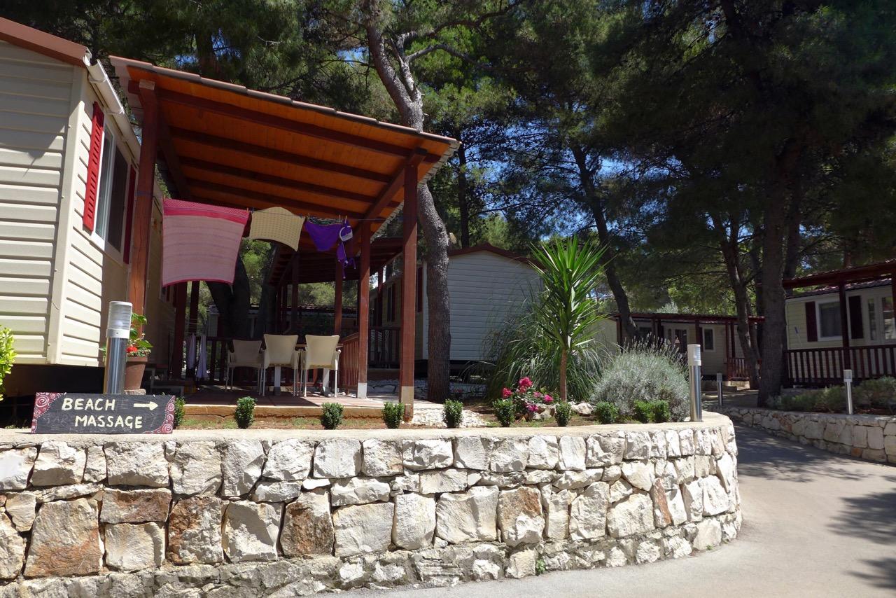 Schöne Mobilheime Campingplatz Rožac auf Ciovo /Trogir
