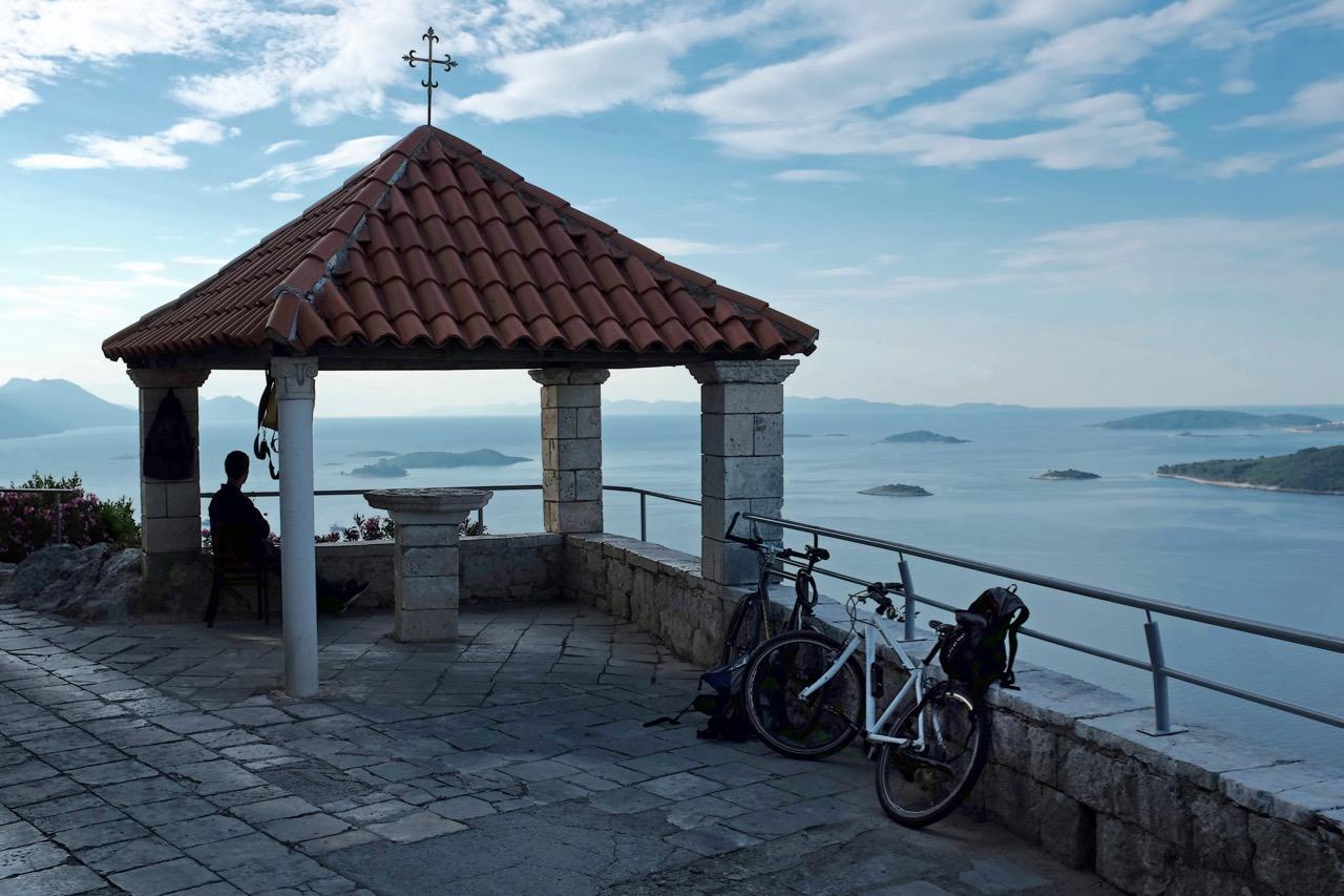 Kloster über Peljesacs