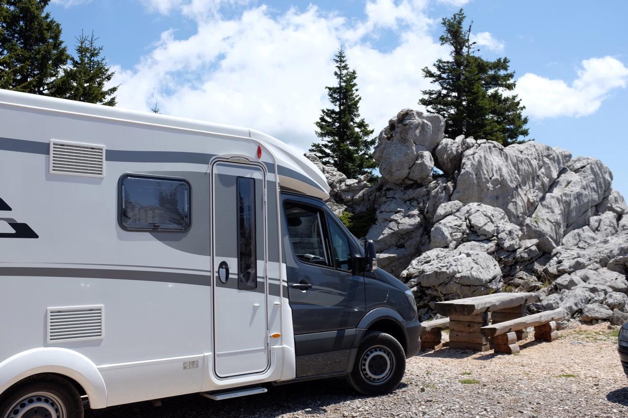 Mit dem Wohnmobil kein Problem bis zum Velebit Parkplatz unterhalb der Berghütte Zavižan