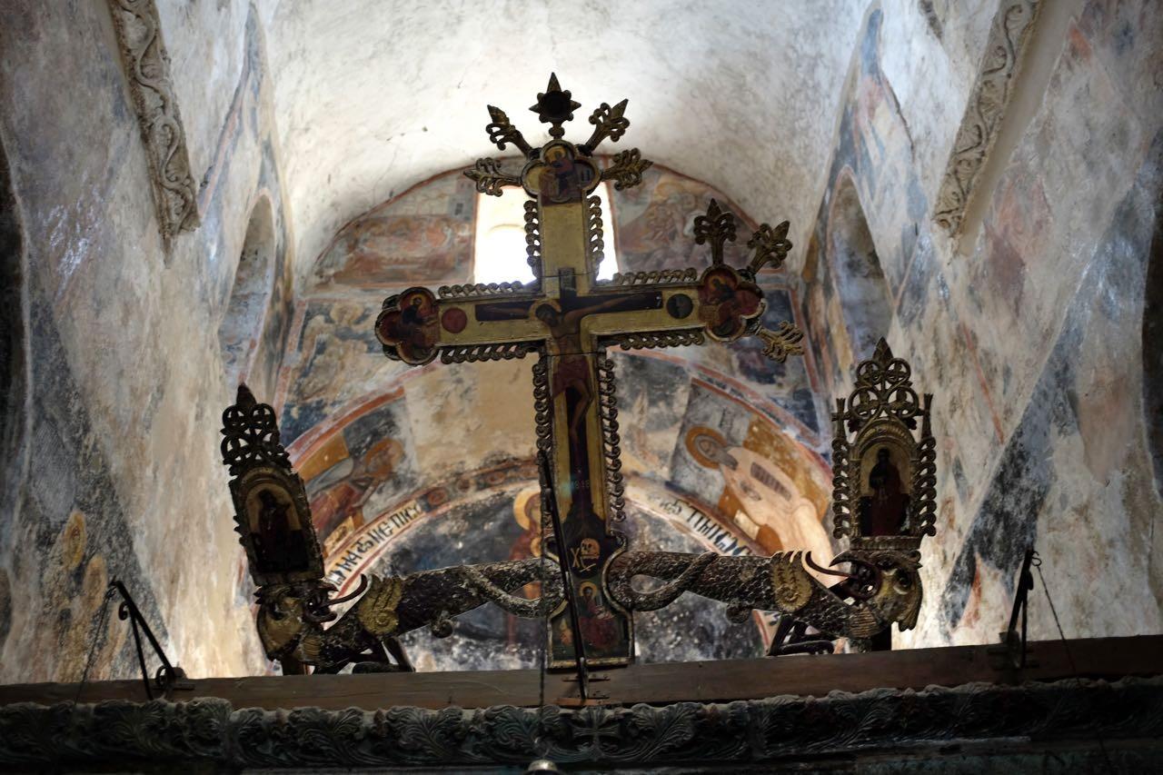 Mystras seltene Fresken verteilen sich auf 15 Kirchen