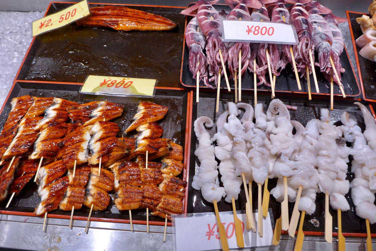 Sea Food auf dem Kuromon Ichiba Food Markt Osaka