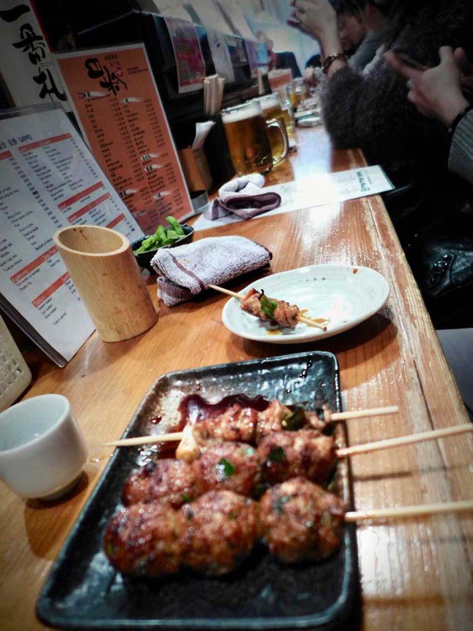 Osaka Izakaya Gappo mit leckerem Bar Food