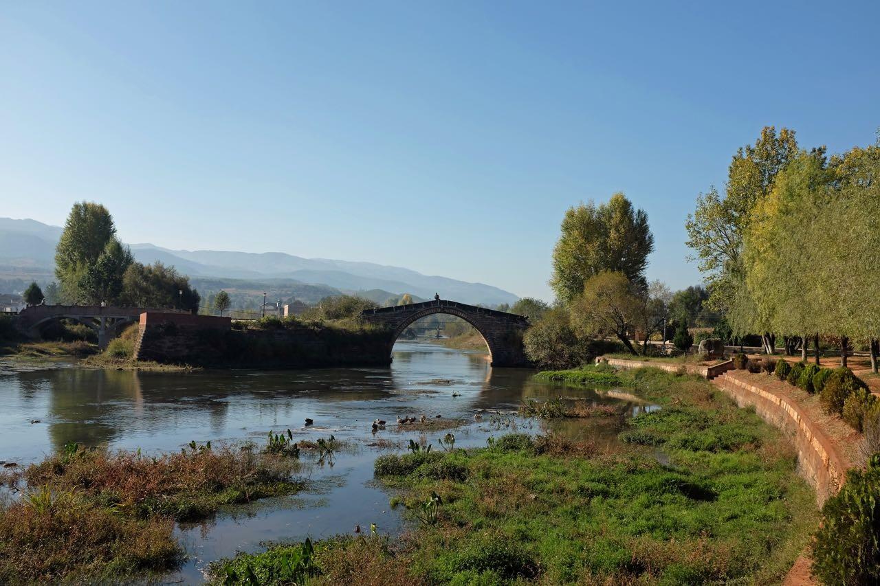 Shaxi am idyllischen Heihui Fluss