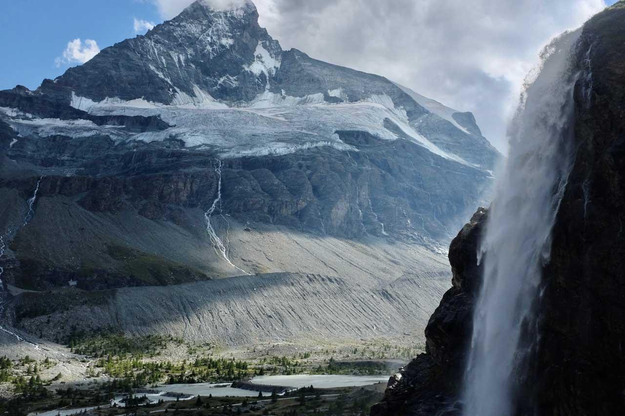 Matterhorn Nordwand Höhbalmen Wanderung