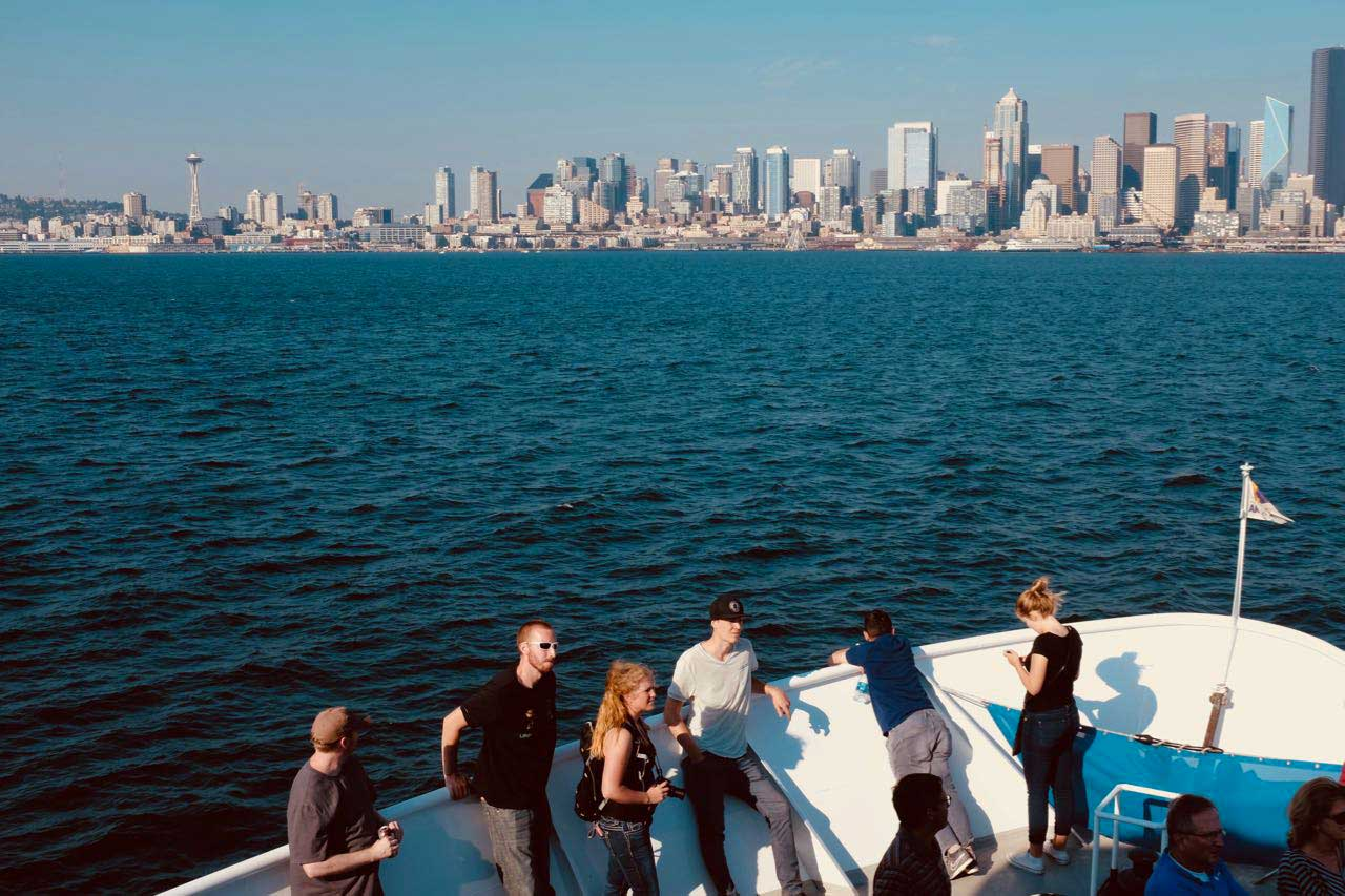 Die volle Skyline auf der Seattle Argosy Harbor Tour