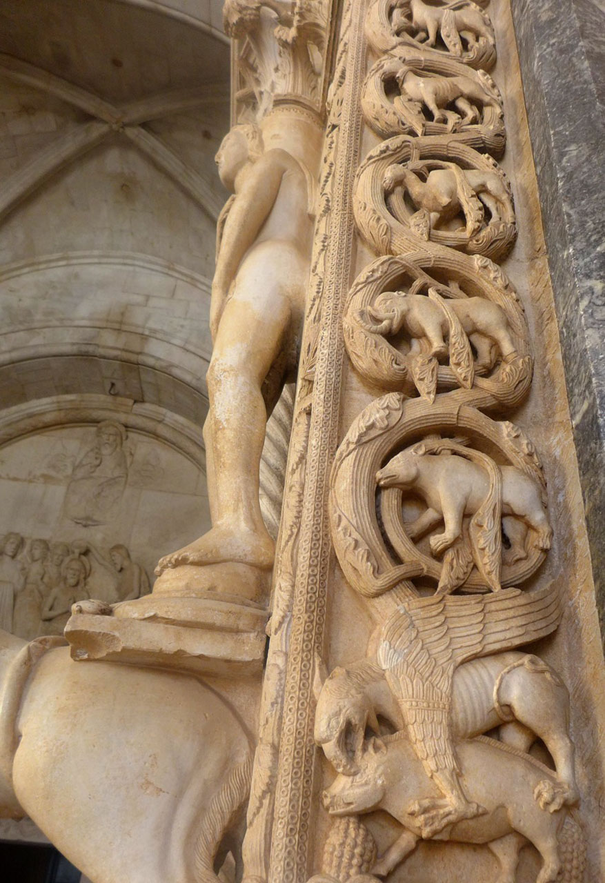 Biblische Szenen von Trogirs Kathedrale