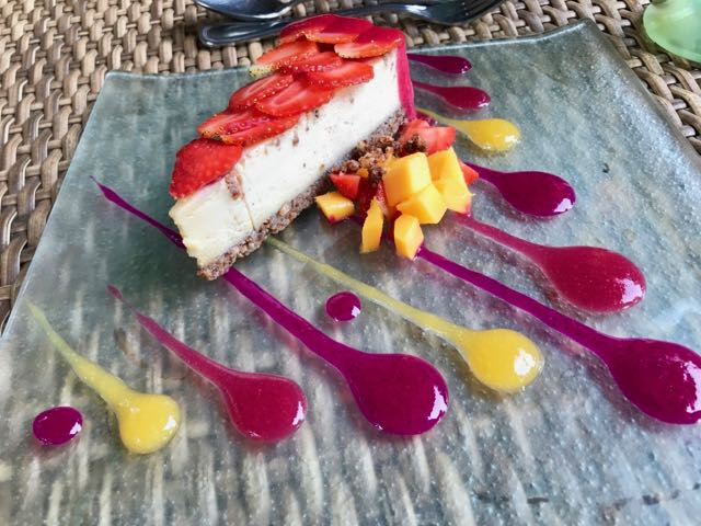 Raw Cheese Cake (Taksu Spa & Restaurant Ubud)