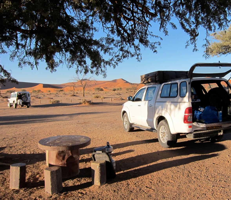 Namibia Sossusvlei 2x2 Park & Rastplatz
