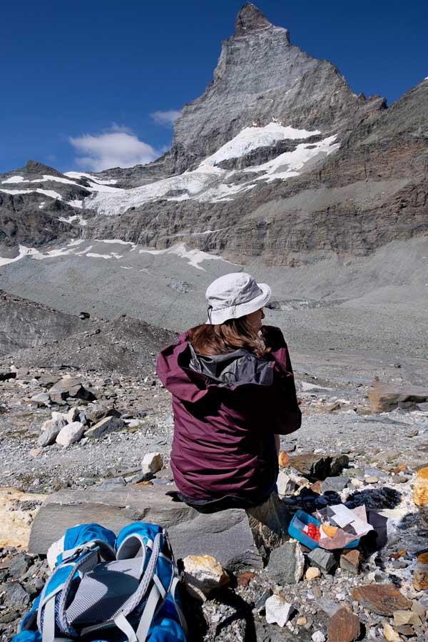 Picknick auf dem Glacier Trail mit Matterhornblick