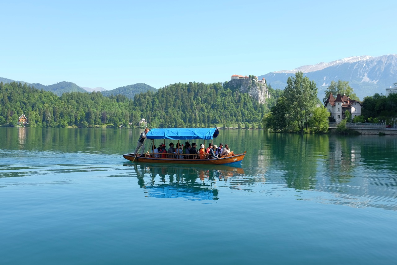 Ausflugsboote in Bled Ort