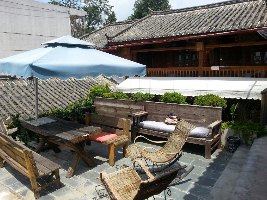 Timeless Hostel Dachterrasse, Lijiang