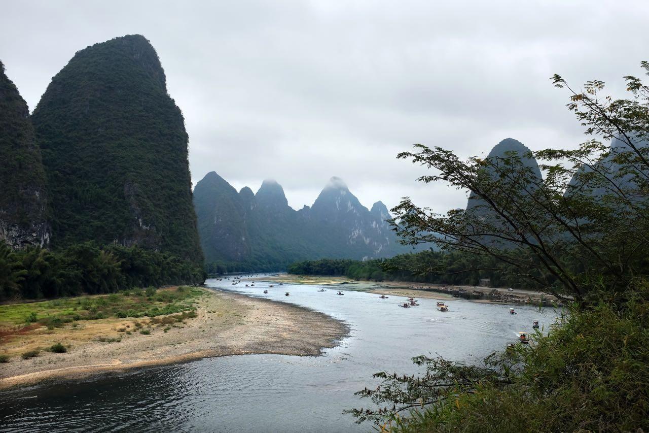 Der 20-Yuan-Blick am Li-Fluss nördlich von Yangshuo